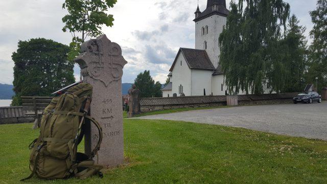 Denne reisen endte ved Ringsaker kirke.